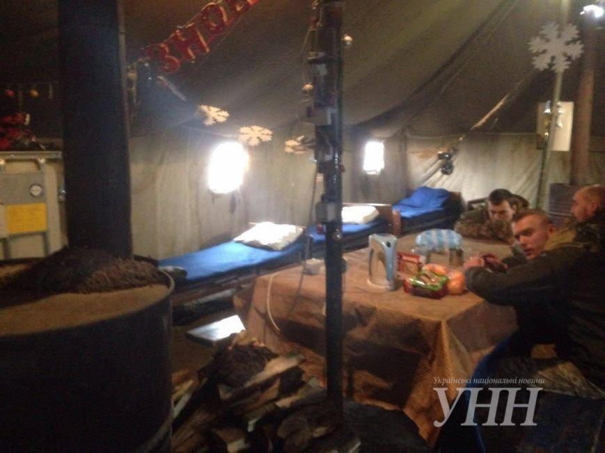 Киевлянин, которого ограбили в Мариуполе, живет в пункте обогрева (ФОТО), фото-2