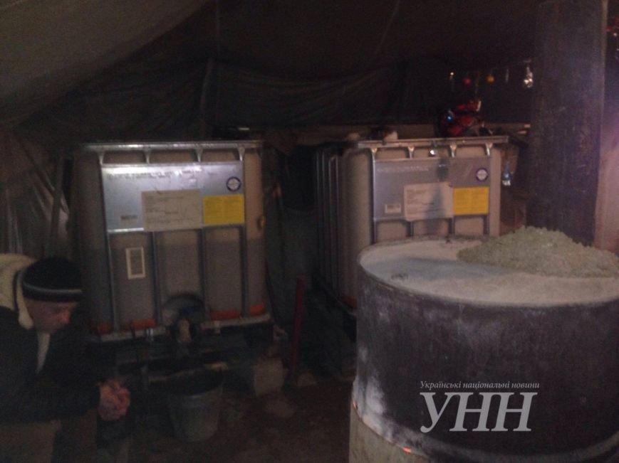 Киевлянин, которого ограбили в Мариуполе, живет в пункте обогрева (ФОТО), фото-4