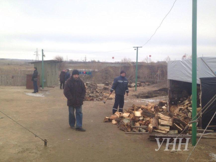 Киевлянин, которого ограбили в Мариуполе, живет в пункте обогрева (ФОТО), фото-1
