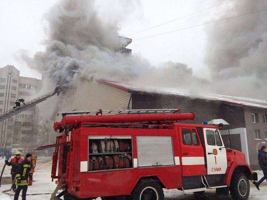 Над горящим в Сумах «Бетоном» нависла дымовая завеса (ФОТО+ВИДЕО), фото-9