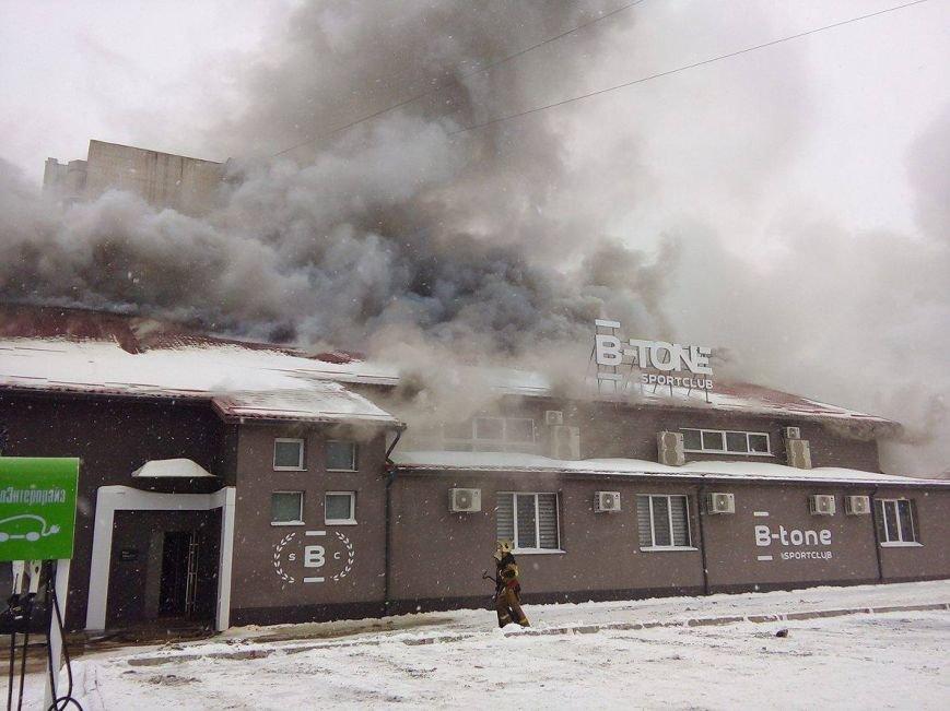 Над горящим в Сумах «Бетоном» нависла дымовая завеса (ФОТО+ВИДЕО), фото-10