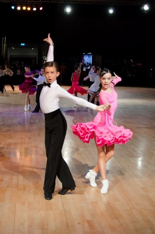 Более трех сотен золотых медалей завоевал чемпион мира по спортивным танцам из Мелитополя (фото), фото-1