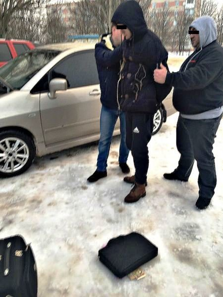 В Херсонской области задержали полицейского, вымогающего взятку (фото), фото-1