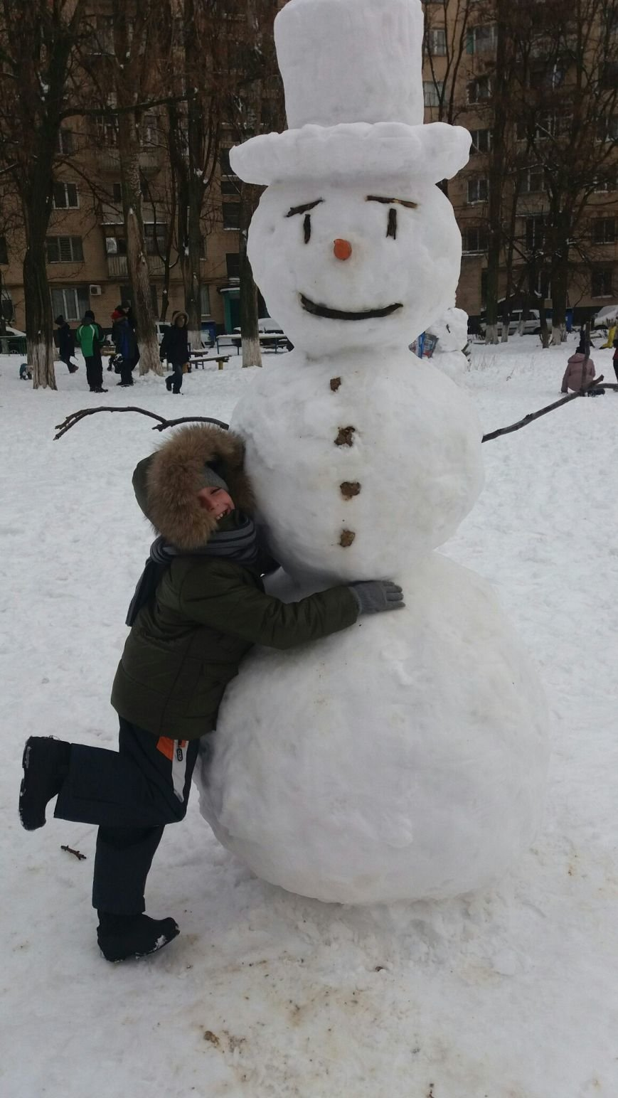 В Одессе из снега вылепили Дарта Вейдера, Крокодила Гену и настоящего мужика (ФОТО), фото-4