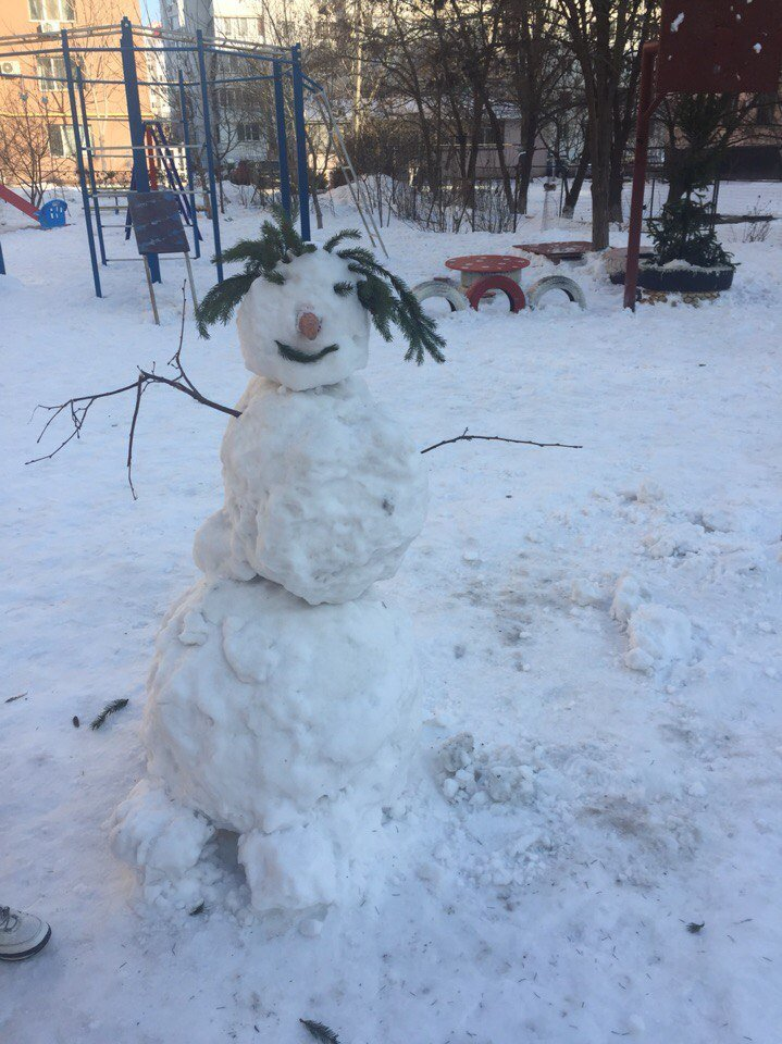 В Одессе из снега вылепили Дарта Вейдера, Крокодила Гену и настоящего мужика (ФОТО), фото-8