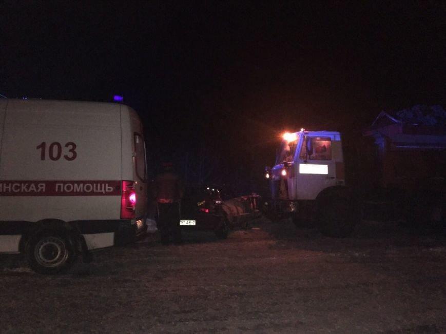 В Новополоцке легковушка врезалась в снегоуборочный МАЗ – очевидцы. ФОТОФАКТ, фото-2