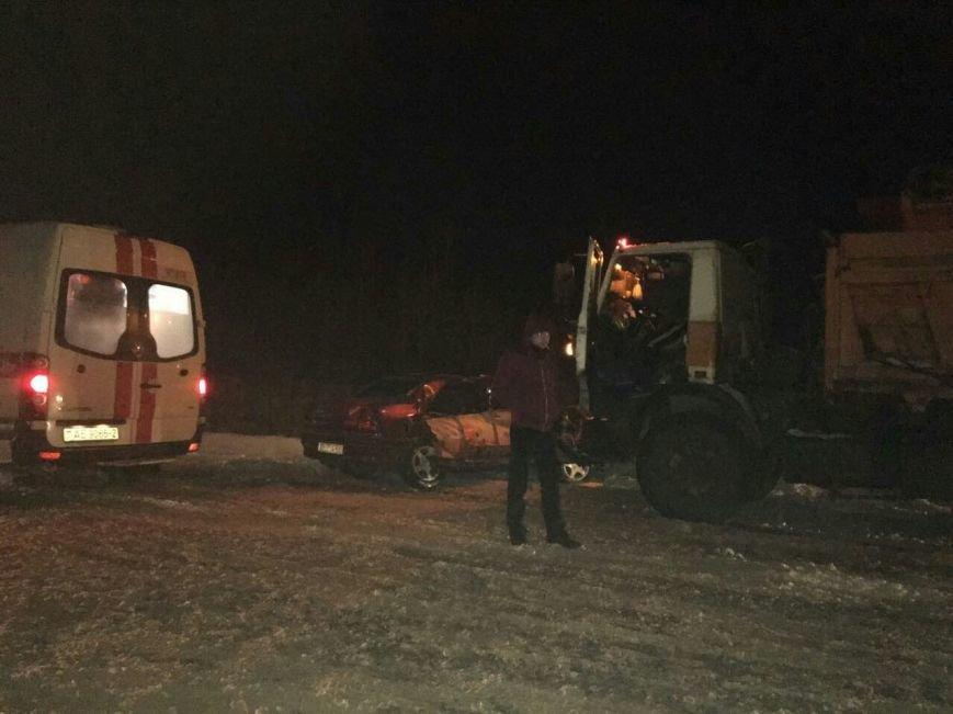В Новополоцке легковушка врезалась в снегоуборочный МАЗ – очевидцы. ФОТОФАКТ, фото-3