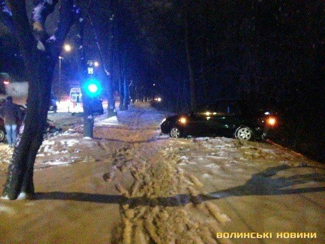 У Луцьку ДТП : троє постраждалих (ФОТО), фото-3