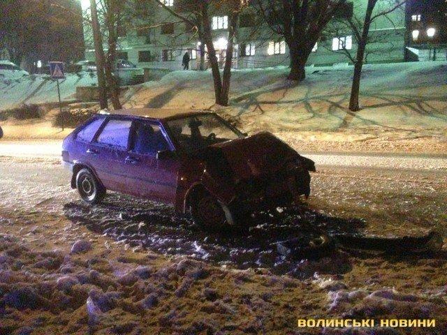 У Луцьку ДТП : троє постраждалих (ФОТО), фото-5