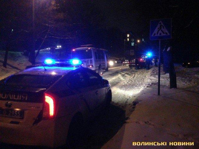 У Луцьку ДТП : троє постраждалих (ФОТО), фото-8