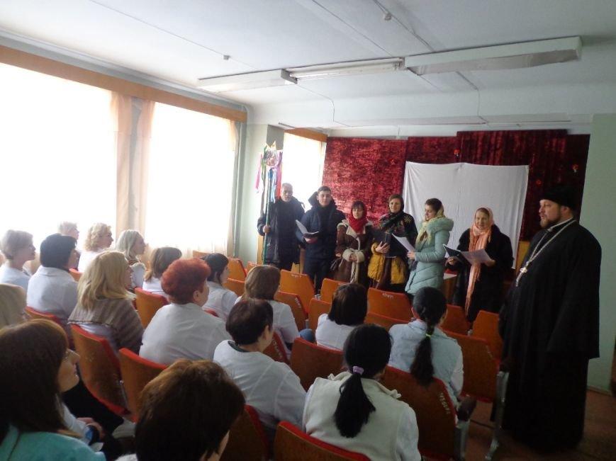 Благочинный церквей и православный хор поздравили мелитопольцев с праздниками (фото), фото-3