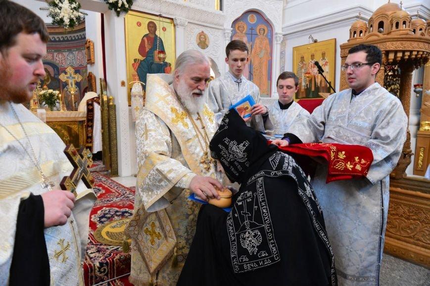 Митрополит Павел возглавил литургию в Полоцком Спасо-Евфросиниевском монастыре. ФОТО, фото-6