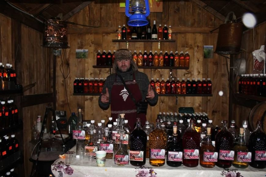"""Як у Мукачеві """"Червене вино"""" відзначають: фото, фото-1"""