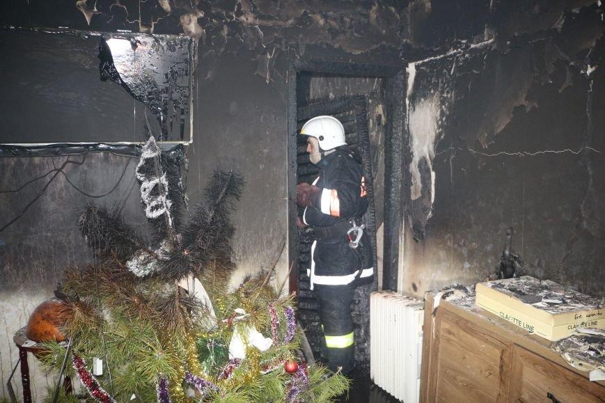 В Одессе спасатели вынесли из огня 10-летнего ребенка, фото-1