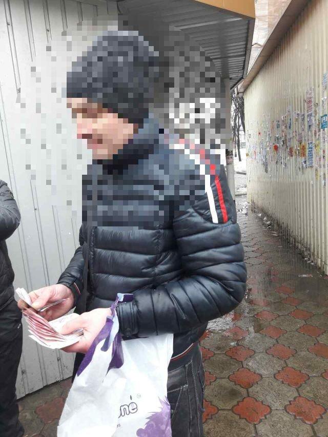 В Бахмуте на взятке попался работник РЭС, фото-2