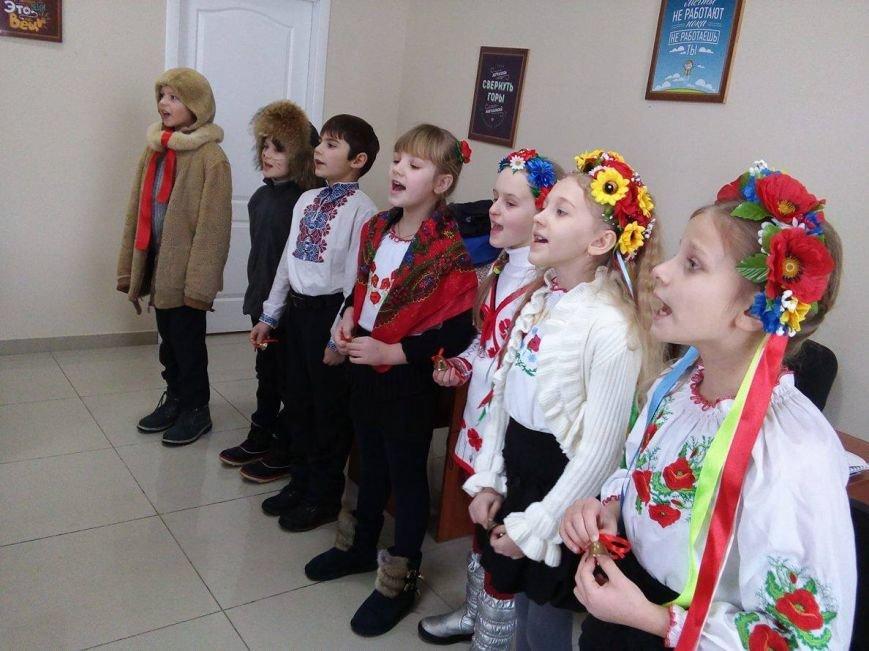 В редакции сайта Сум 0542.ua щедровали маленькие сумчане (ФОТО+ВИДЕО), фото-2
