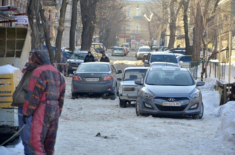 Автохамы оккупировали переулок в центре Одессы (ФОТО), фото-1