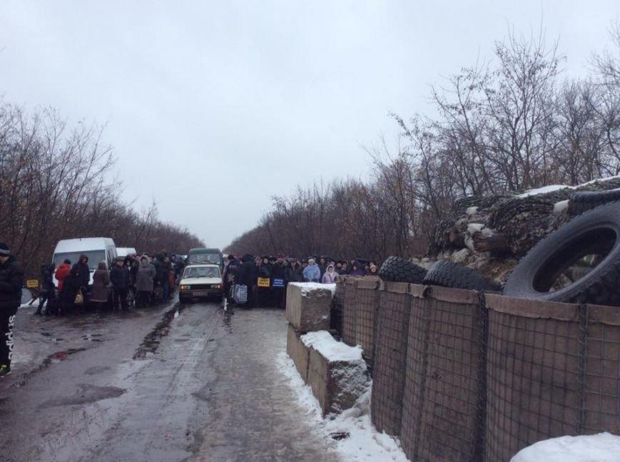 До сих пор ни одного решения суда по вопросам злоупотреблений на КПВВ в Донбассе нет - Геращенко, фото-6