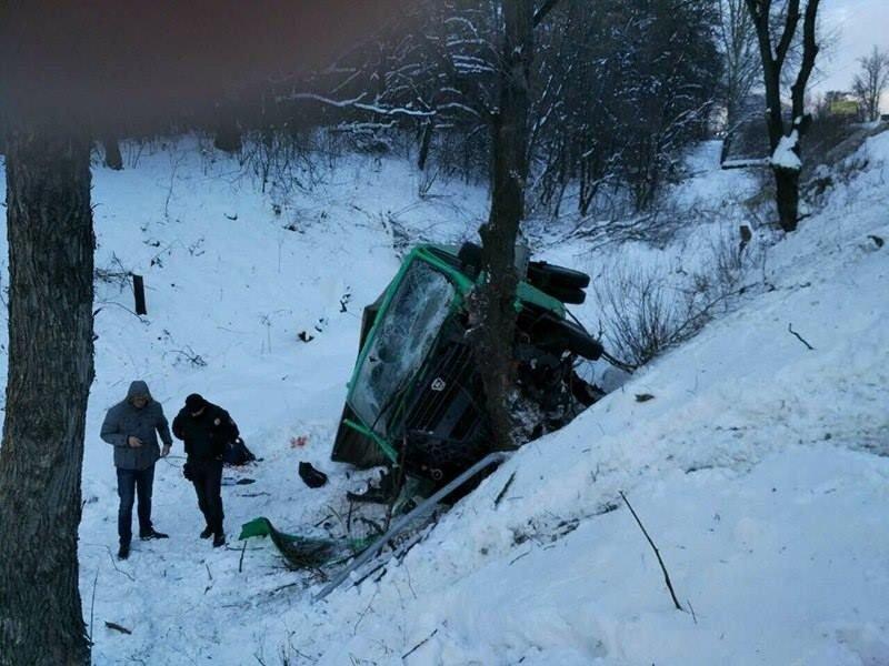 На одесской трассе перевернулся грузовик (ФОТО), фото-1