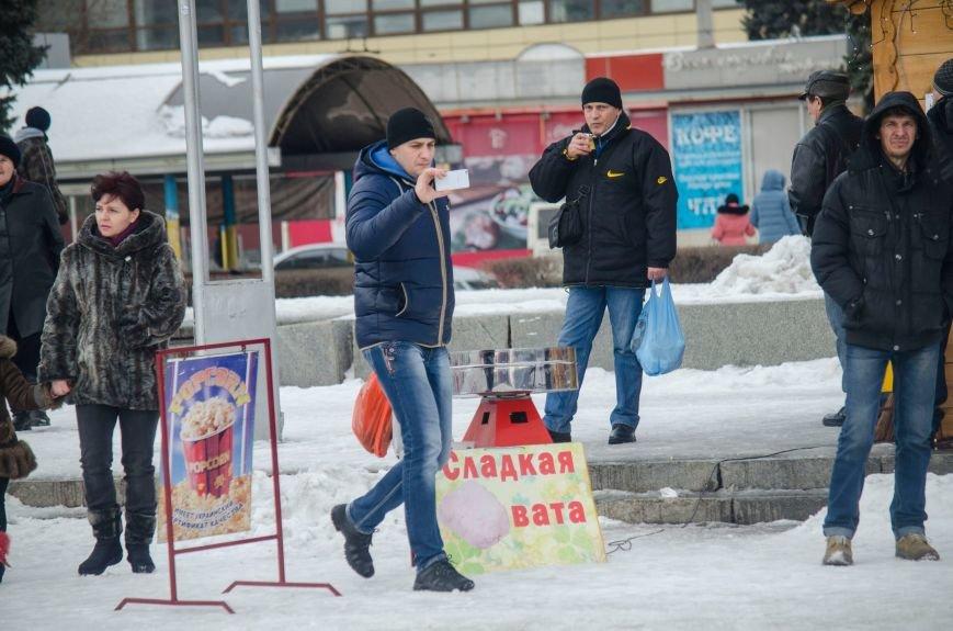 В Запорожье на Фестивальной площади отметили Старый новый год, - ФОТОРЕПОРТАЖ, фото-12