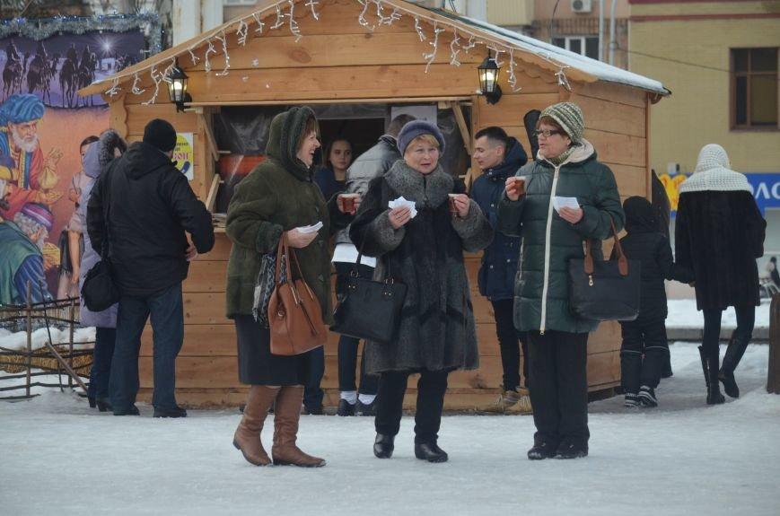 В Запорожье на Фестивальной площади отметили Старый новый год, - ФОТОРЕПОРТАЖ, фото-6