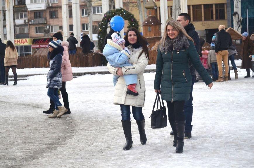 В Запорожье на Фестивальной площади отметили Старый новый год, - ФОТОРЕПОРТАЖ, фото-4