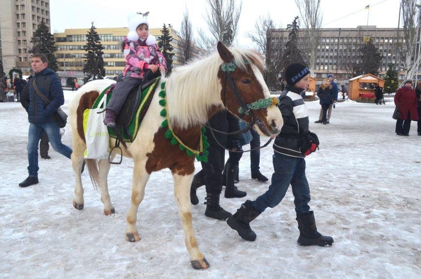 В Запорожье на Фестивальной площади отметили Старый новый год, - ФОТОРЕПОРТАЖ, фото-19