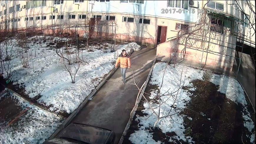 Одесского похитителя велосипедов сняла видеокамера, фото-2