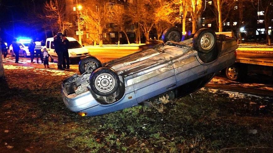На Левобережье Мариуполя в авто перевернулся пьяный мариуполец (ФОТО), фото-3