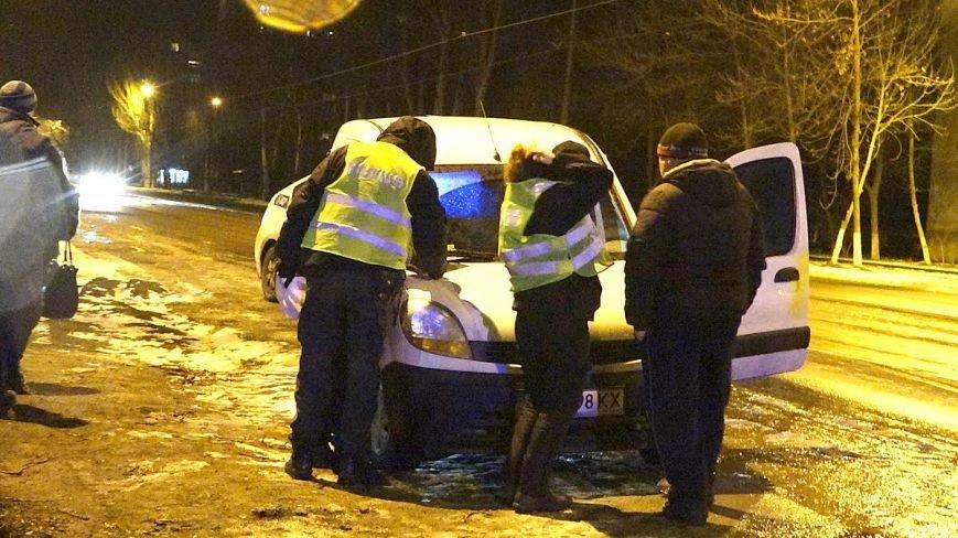 На Левобережье Мариуполя в авто перевернулся пьяный мариуполец (ФОТО), фото-1