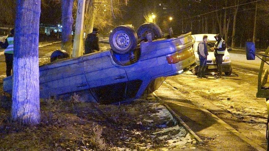 На Левобережье Мариуполя в авто перевернулся пьяный мариуполец (ФОТО), фото-2