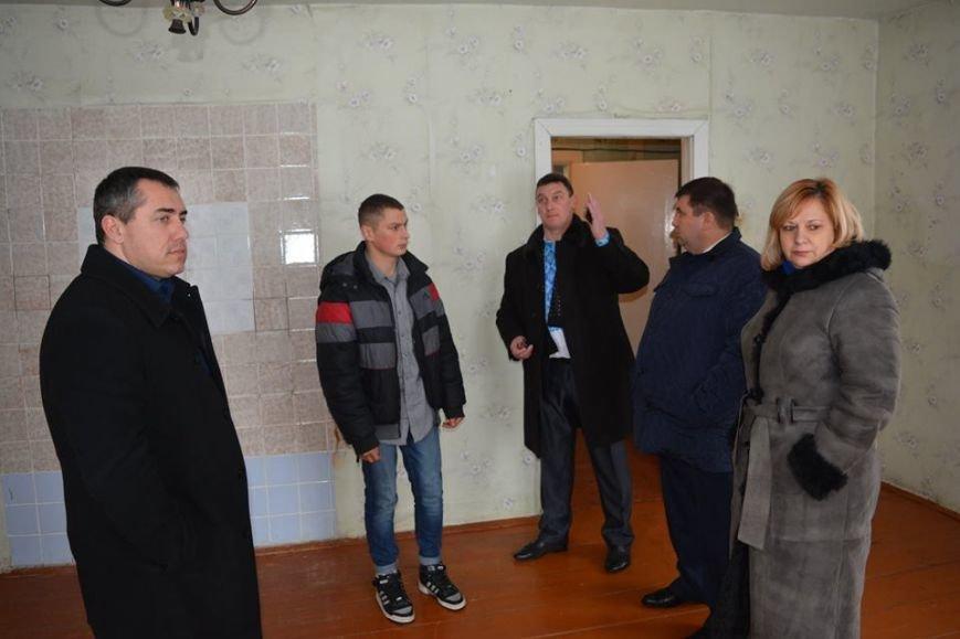 У Новоград-Волинському районі вручено ключі від будинку, фото-3