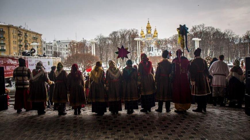 Харків_иконання колядки Нова радість стала_Леонид Логвиненко_3