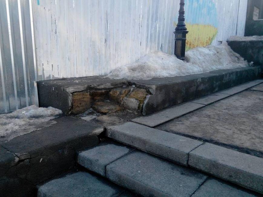 Как уничтожается Потемкинская лестница в Одессе: Шокирующие фото (ФОТО), фото-1