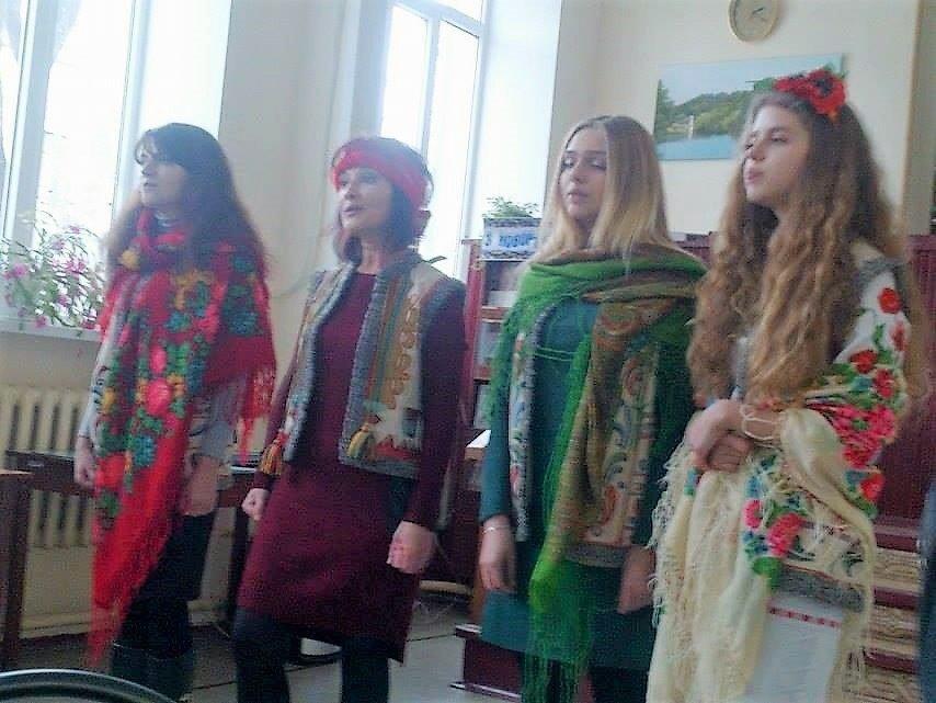 """Криворожские поэты встретились на творческом вечере """"Магия стихов в рождественские праздники"""" (ФОТО), фото-2"""