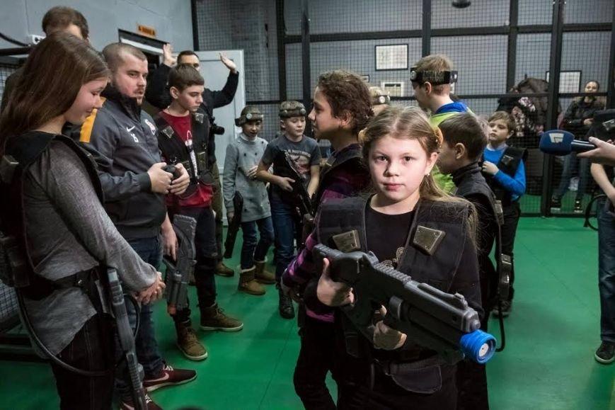 В Днепре дети бойцов АТО посоревновались в лазертаге (ФОТО), фото-1