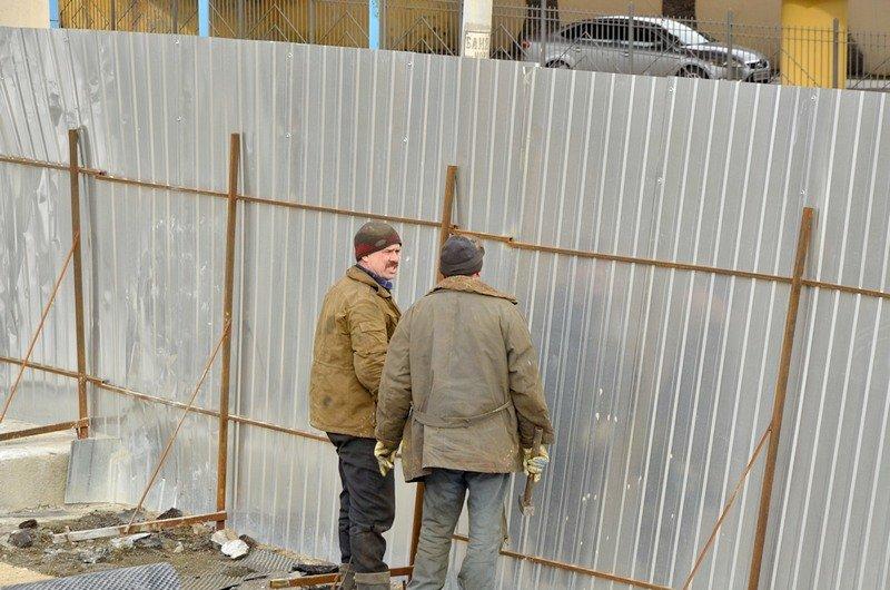Реставраторы срочно принялись чистить Потемкинскую лестницу от снега (ФОТО), фото-6