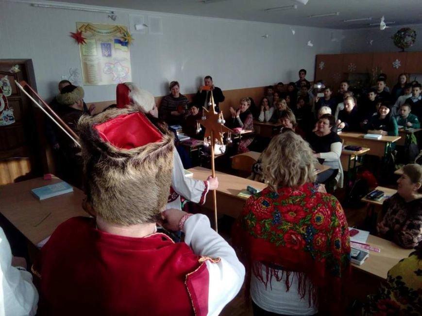 Святкове українське єднання у Броварській ЗОШ № 3 (Фото), фото-3