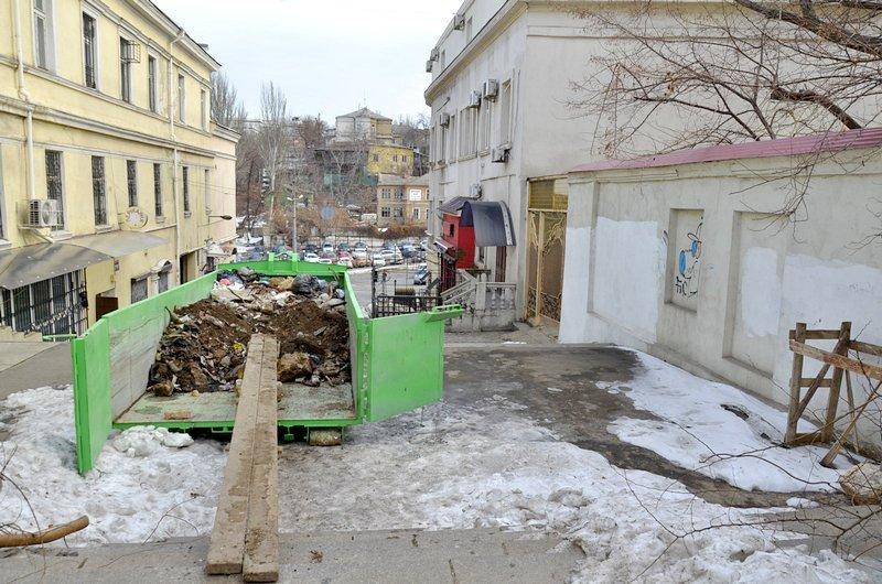 В Одессе заинтересовались развалинами на старейшей лестнице (ФОТО), фото-3
