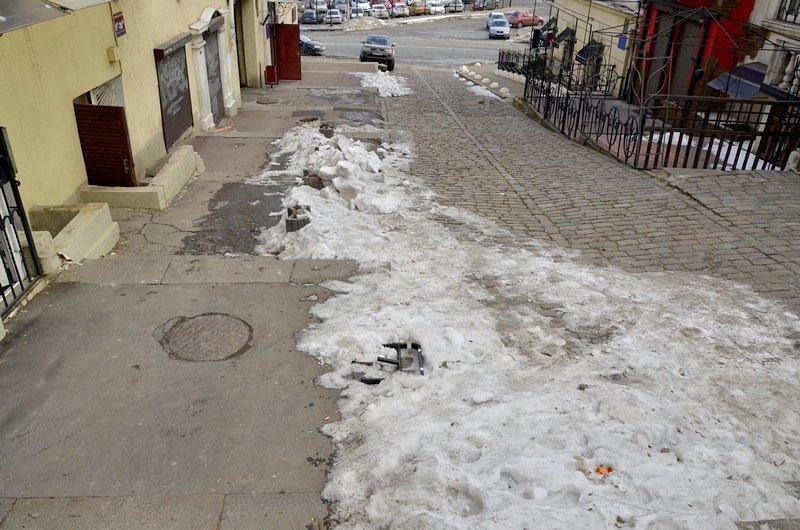 В Одессе заинтересовались развалинами на старейшей лестнице (ФОТО), фото-6