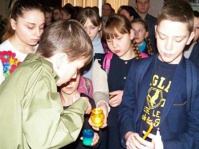 Cвяткове дійство  в Новоград-Волинській спеціалізованій школі №4, фото-2