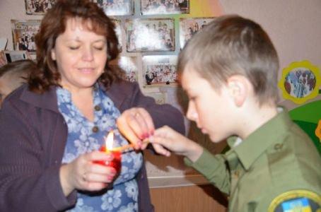Cвяткове дійство  в Новоград-Волинській спеціалізованій школі №4, фото-1