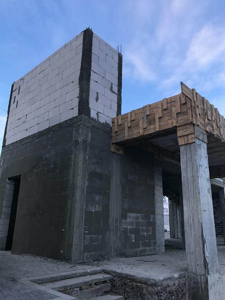 На одесском Ланжероне вырос новый бетонный урод (ФОТО), фото-2