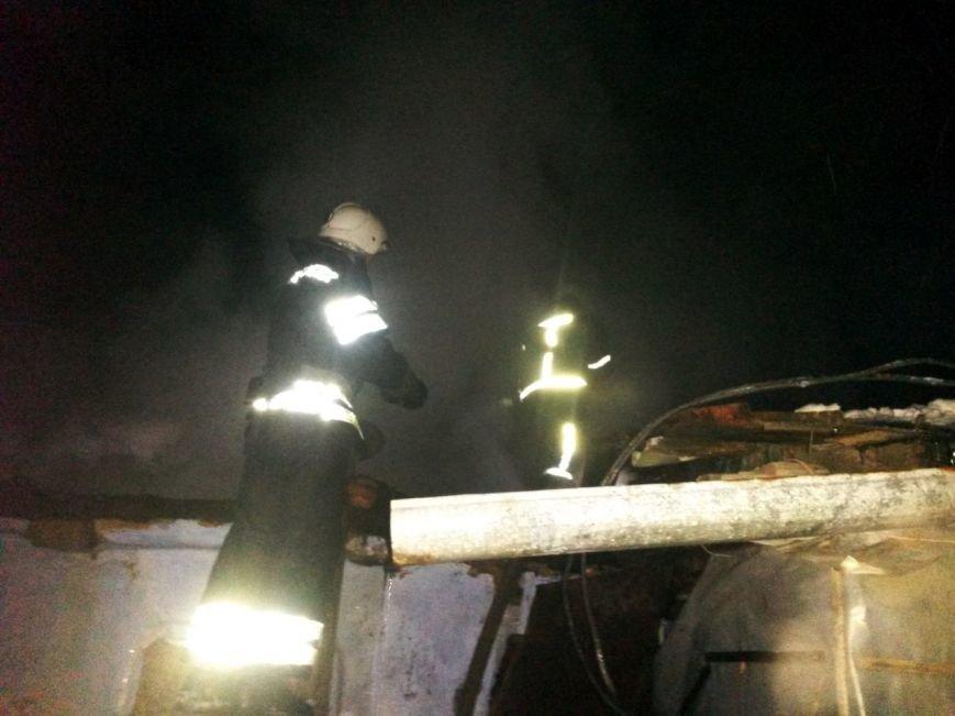 На Кам'янеччині за минулу добу рятувальники ліквідували пожежу житлового будинку, фото-1