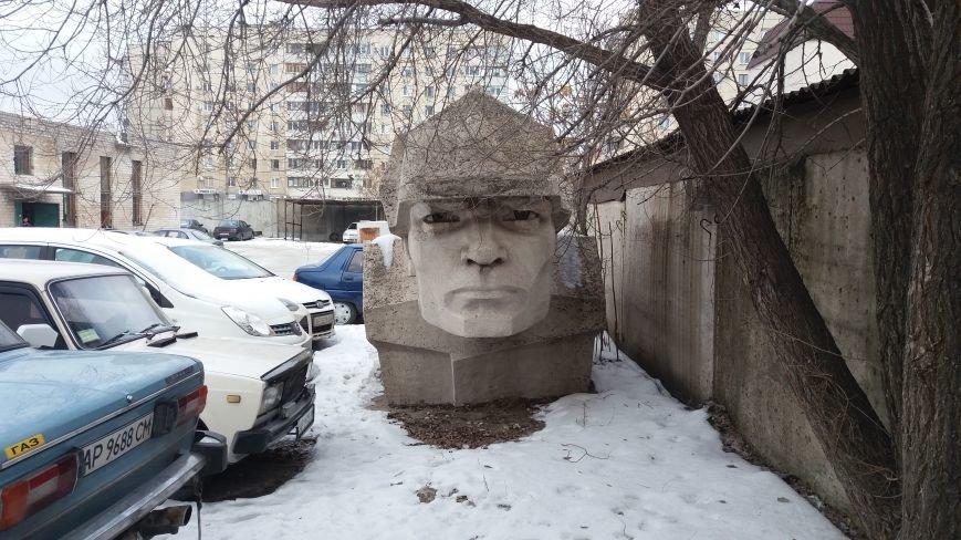 Вожди на зимовке: как поживают демонтированные запорожские памятники, - ФОТО, фото-14