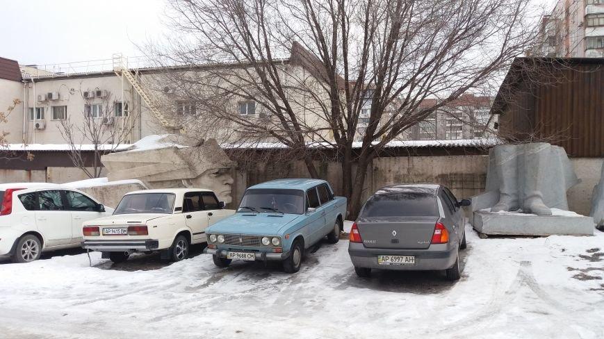 Вожди на зимовке: как поживают демонтированные запорожские памятники, - ФОТО, фото-12