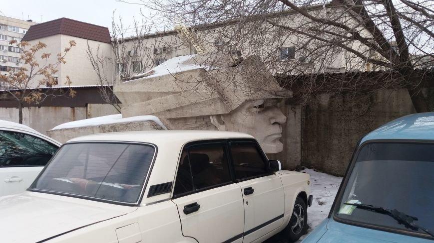 Вожди на зимовке: как поживают демонтированные запорожские памятники, - ФОТО, фото-5