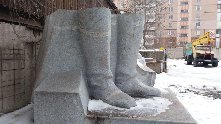 Вожди на зимовке: как поживают демонтированные запорожские памятники, - ФОТО, фото-15