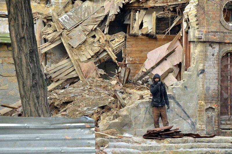 Полная жесть: в Одессе бомж без штанов обокрал Масонский дом (ФОТО), фото-1