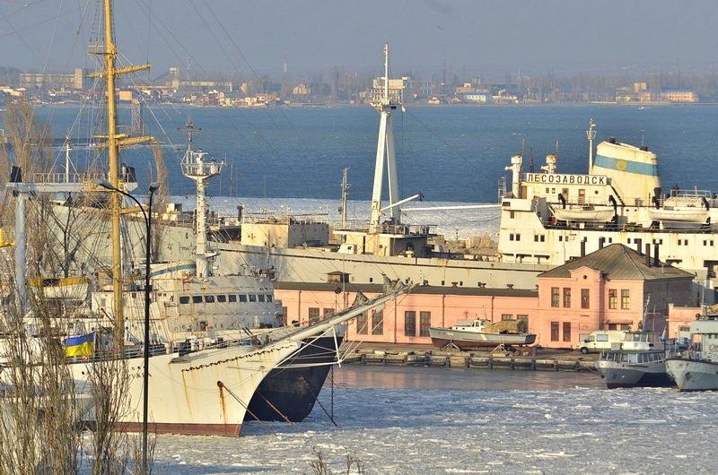 В Одессе льды сковали корабли Военно-морских сил Украины (ФОТО), фото-7